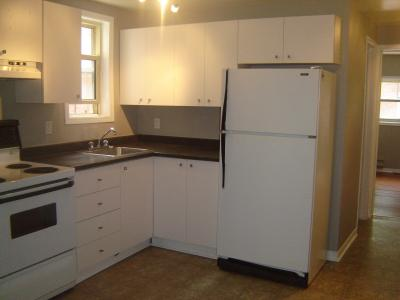 High Quality Rent: 2400 Monthly U2022 Available: Immediately