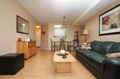 Great Rent: 1200 Monthly U2022 Available: Immediately